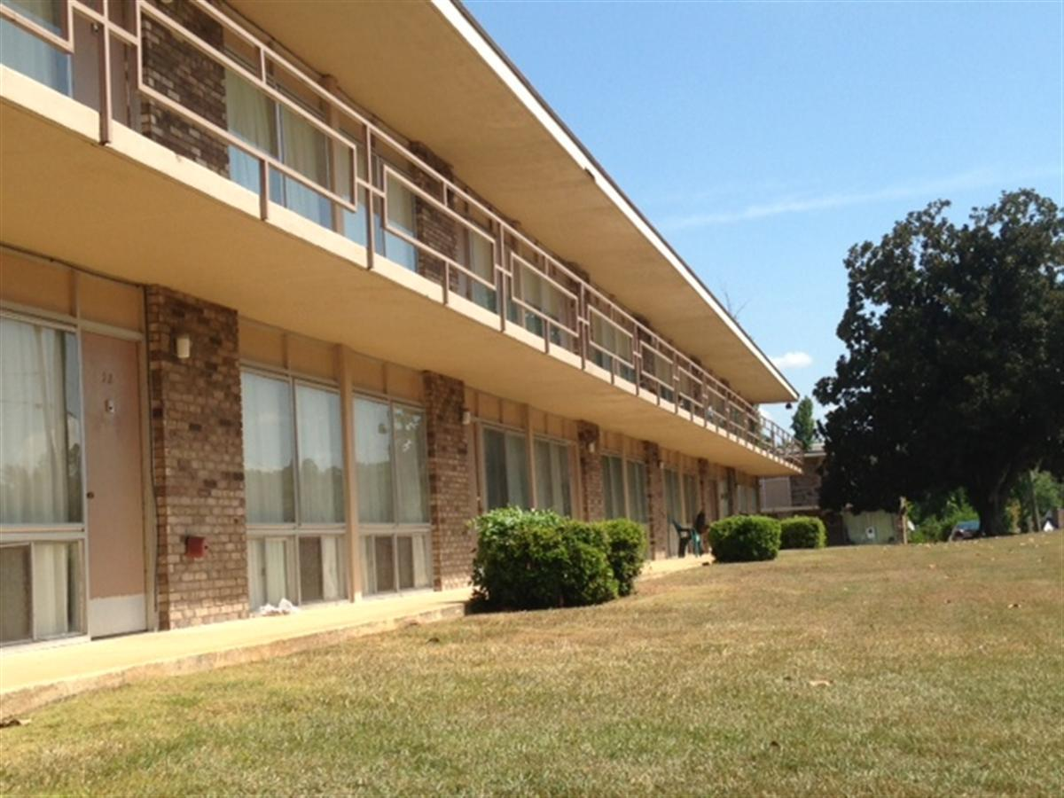 Sherie Gutter\'s blog: Sealy Apartments Tuscaloosa