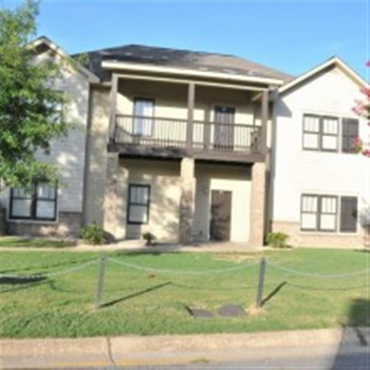 Cloverdale Apartment In Tuscaloosa Al
