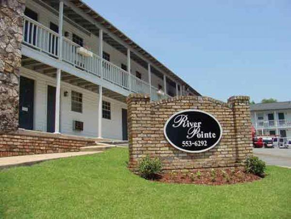 River pointe apartment in tuscaloosa al for Riverpointe
