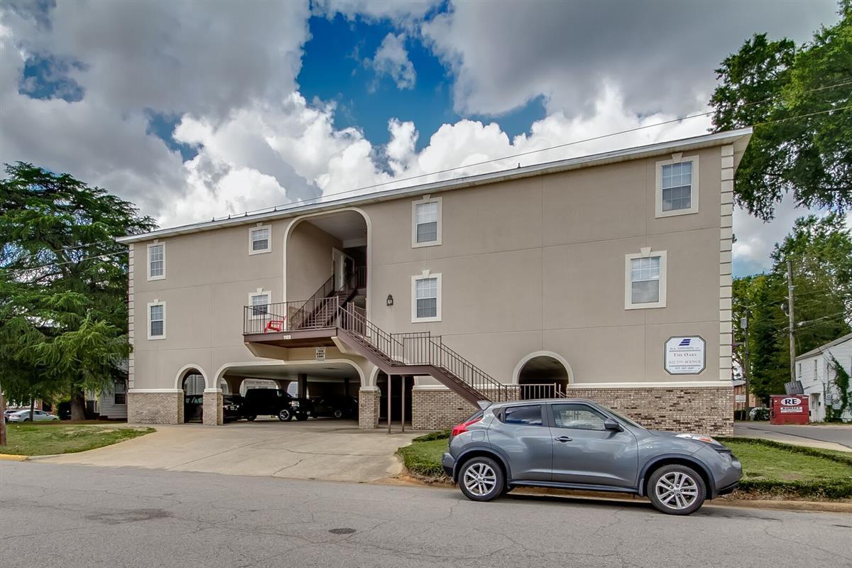 The Oaks - Apartment in Tuscaloosa, AL