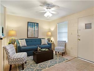 Canterbury - Apartment in Tuscaloosa, AL
