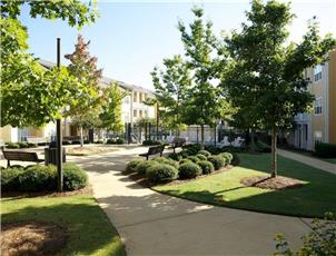 Midtown Village apartment in Tuscaloosa, AL