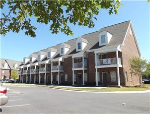 Old Row at Cloverdale apartment in Tuscaloosa, AL