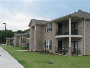 Providence Place apartment in Northport, AL