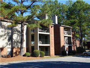 Royal Hills - Apartment in Tuscaloosa, AL