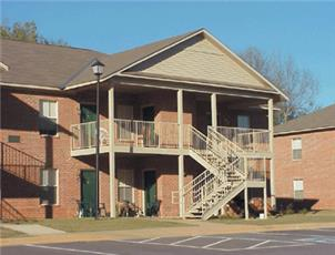 Winding Creek apartment in Tuscaloosa, AL